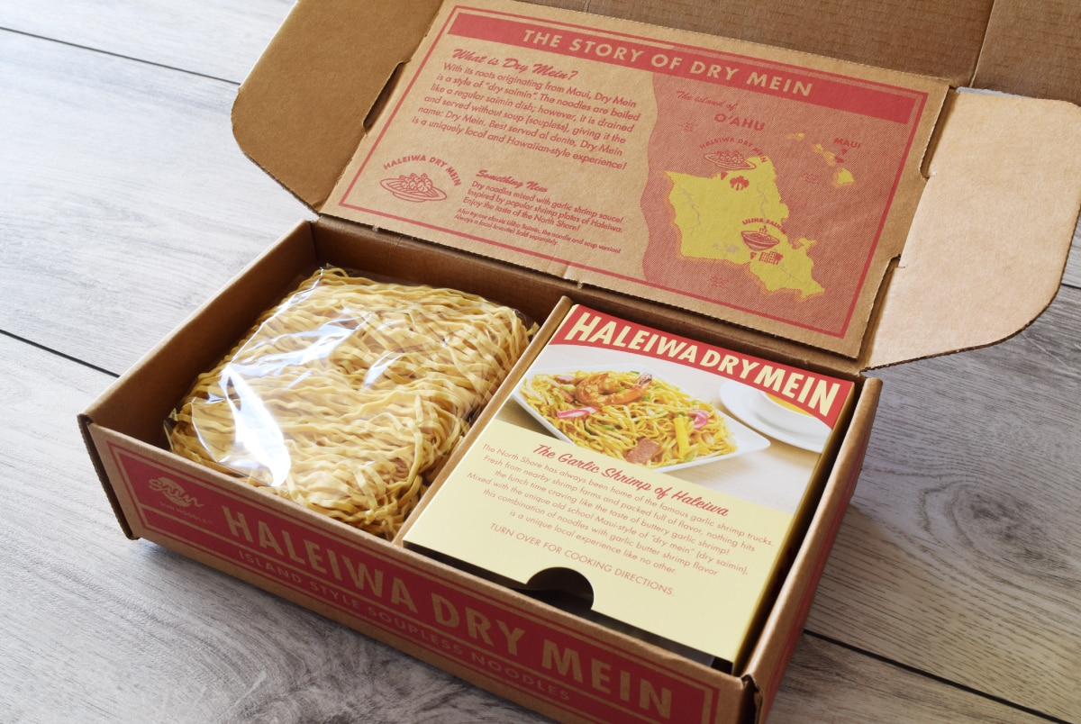 Haleiwa Dry Mein Gift Box - Inside